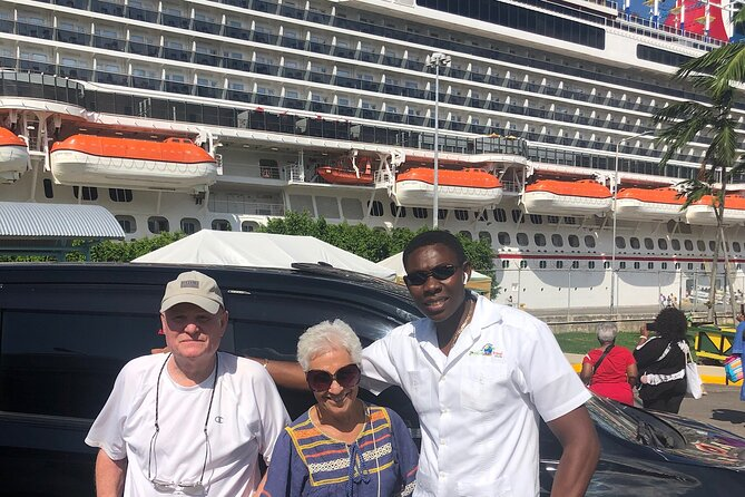 Private & Customize Tour from Montego Bay to Pelican Bar and Appleton Rum Tour