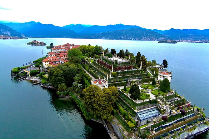 Private speedboat to Isola Bella and the Fishermen from Stresa