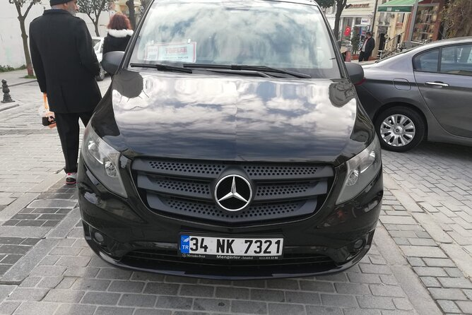 Private Luxury Transfer from Sabiha Gokcen Airport to Istanbul City Center