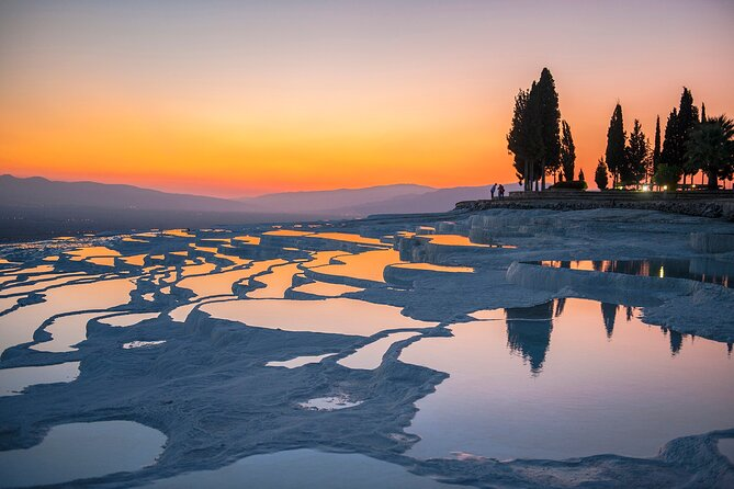 Day Tour to Pamukkale from/to Istanbul