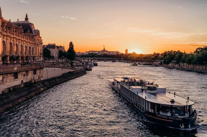 Capitaine Fracasse Boat 3-Course Dinner Cruise