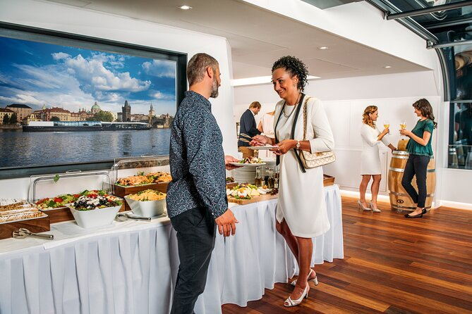 Dinner cruise - open buffet - with 2 incl transfers