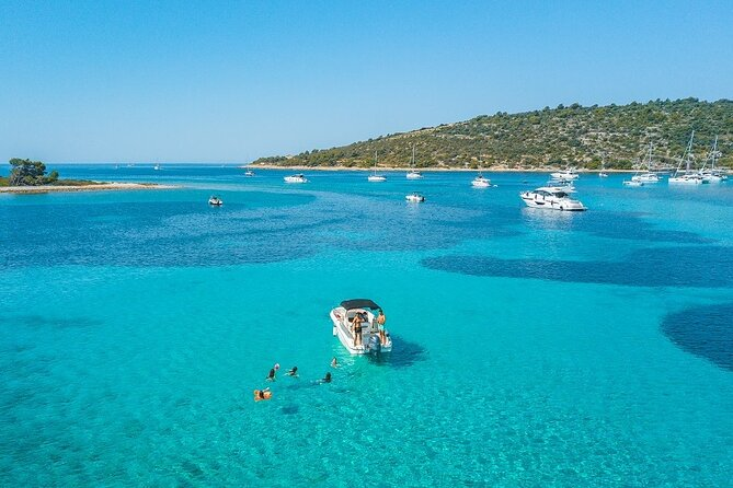 Adriatica Tour ( Blue Lagoon and Solta) from Trogir
