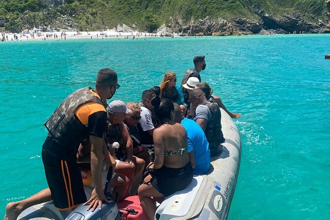 4-Hour Guided Boat Tour in Arraial do Cabo