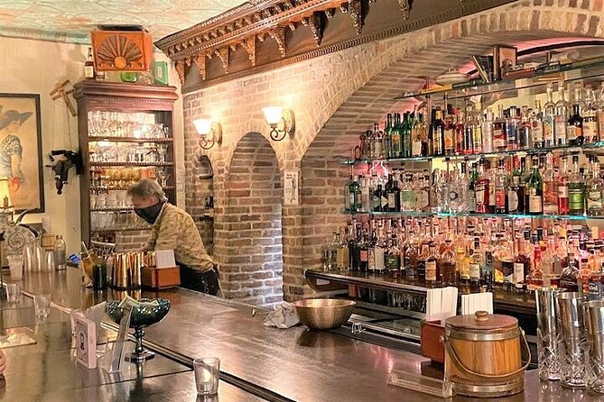 Savannah Walktails & Bar Bites Guided Food Tour