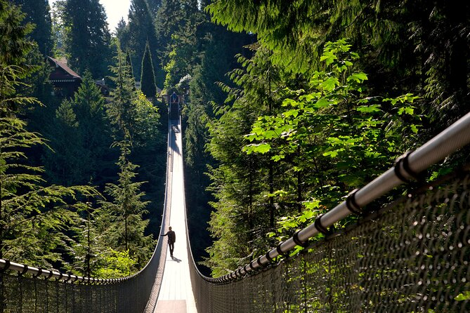 Sightseeing Tour of Vancouver with Capilano Suspension Bridge