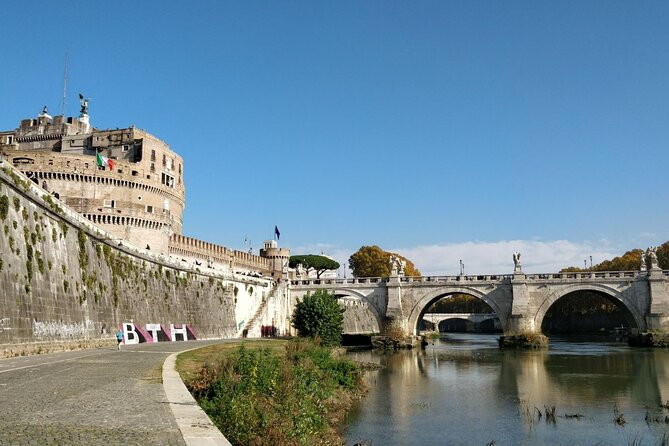 Transfer- Rome to Amalfi with an hour stop in Frascati (Village) or vice versa