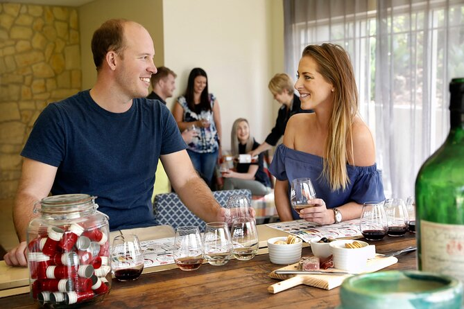 Hunter Valley Christmas Lights Tour with Entry, Wine, Cheese & Beer Tastings