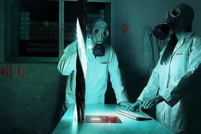 Escape room: LAB:Outbreak