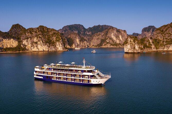 Lan Ha Bay Luxury Cruise 2D/1N: Kayaking & Swimming at the pristine places