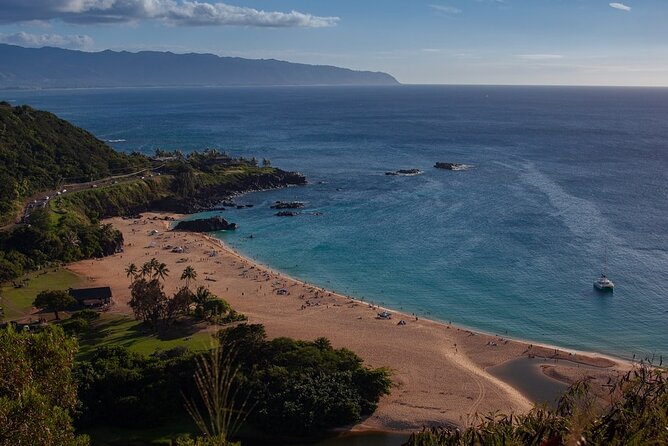 North Shore of Oahu Private Full-Day Tour with Local Guide
