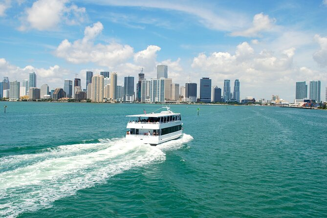 Miami: Open Double-Decker City Tour and optional Boat Tour