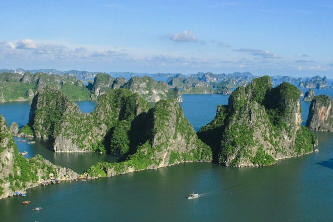 Halong Bay 2Day 1Night Overnight on Starlight Cruise 5 Star