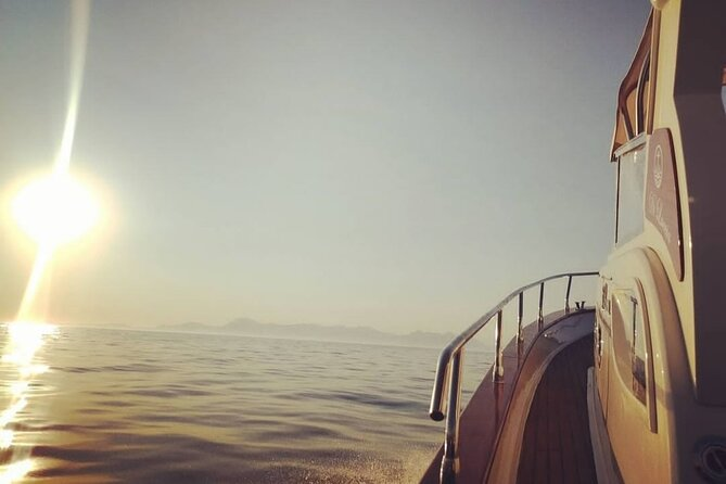 Private Tour of the Amalfi Coast by Boat at Sunset