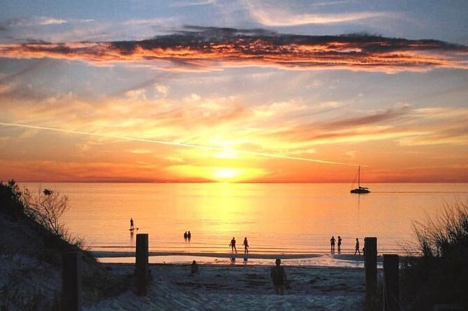 Adelaide Twilight Coast Sightseeing Cruise from Glenelg