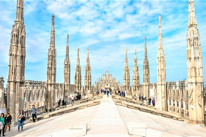 Private tour of Milan Skyline
