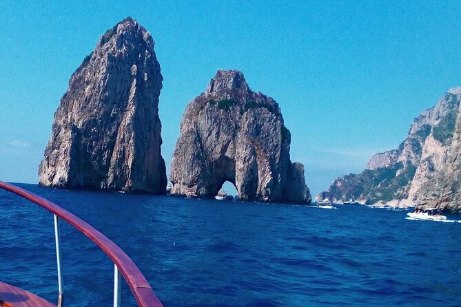 Small Group Tour from Salerno to Capri by Boat