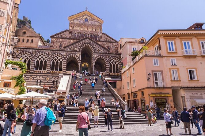 Full-Day Tour of Amalfi Coast and Ravello with Boat Ride from Naples