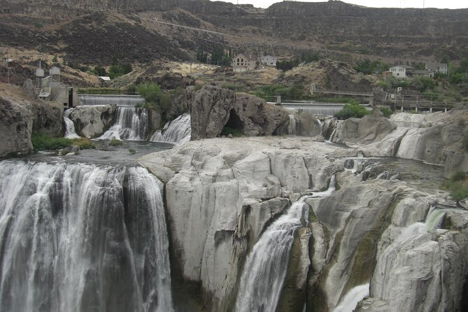 Shoshone Falls, Craters of The Moon NM, Potato Museum and Atomic City Day Trip