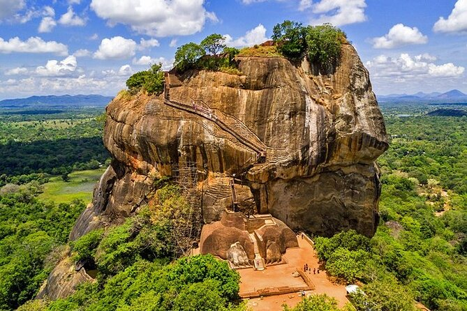 Sri Lanka Privet Round Tour/12 days with driver+vehicle+accommodation H/B Basis