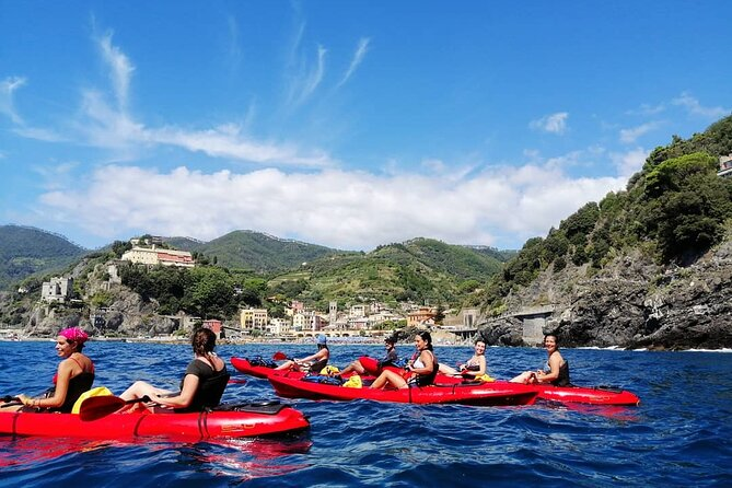 Kayak Experience with Carnassa Tour in the Cinque Terre-Punta Mesco + Snorkeling