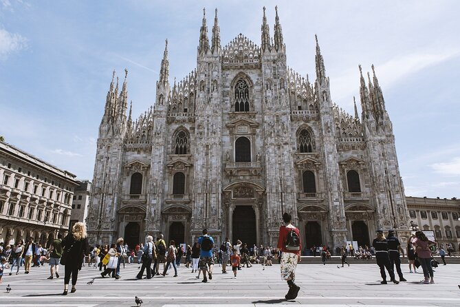 Milan Guided Tour with Skip-the-Line ticket for the Duomo
