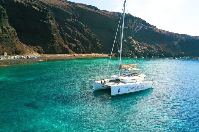 Private Sailing Catamaran in Santorini with BBQ Meal and Drinks