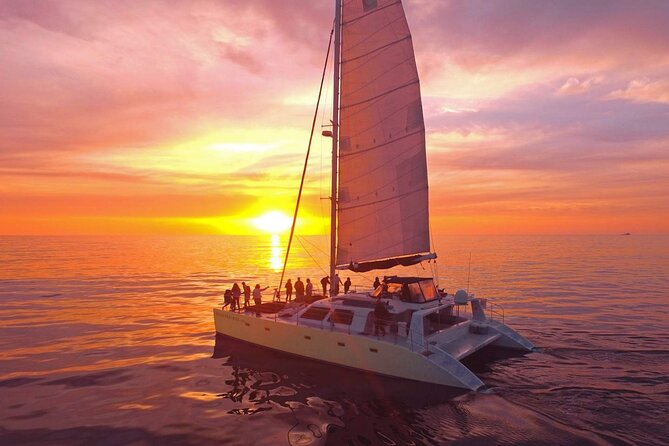 Luxury sunset sailboat with Premium drinks & Gourmet hors d'oeuvres