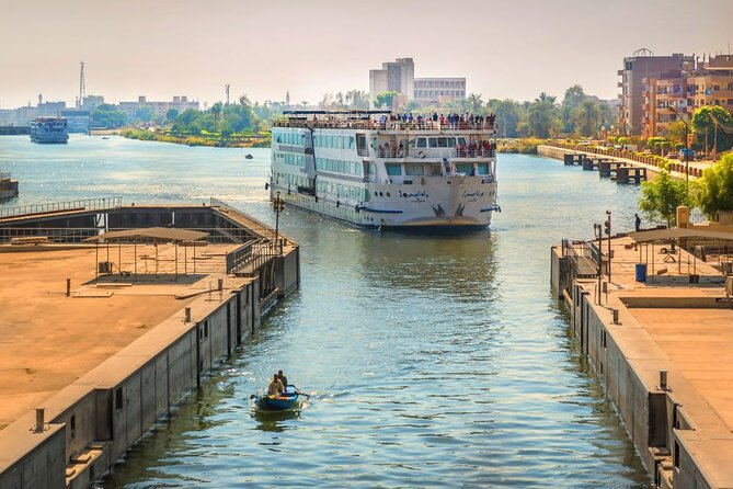 5 days 4 nights Nile Cruise start from Luxor included sightseen