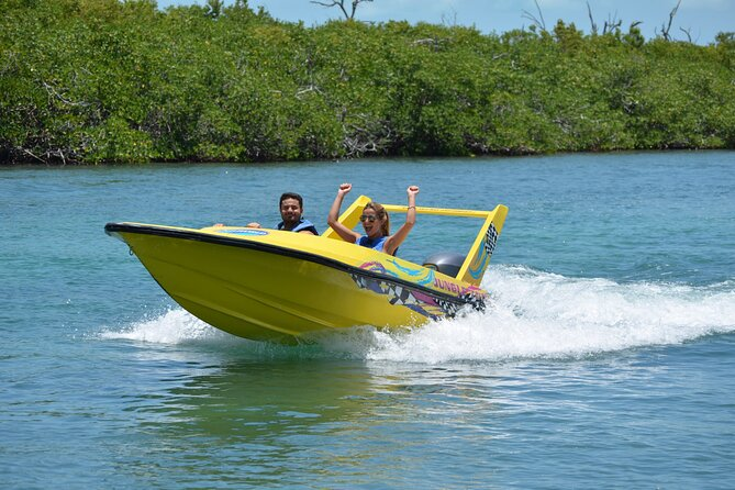 Speedboat and Snorkeling Tour in Cancun