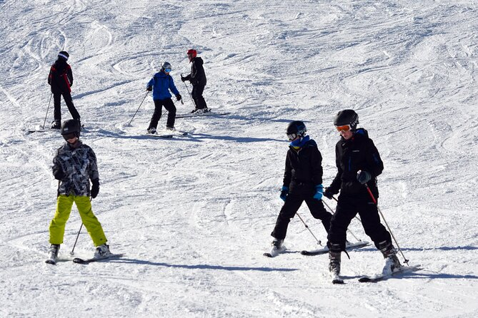 Ski and Snowboard group lessons in Borovets