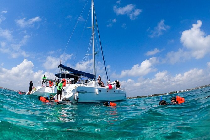 Full day Catamaran Sailing Islas Mujeres with Open bar
