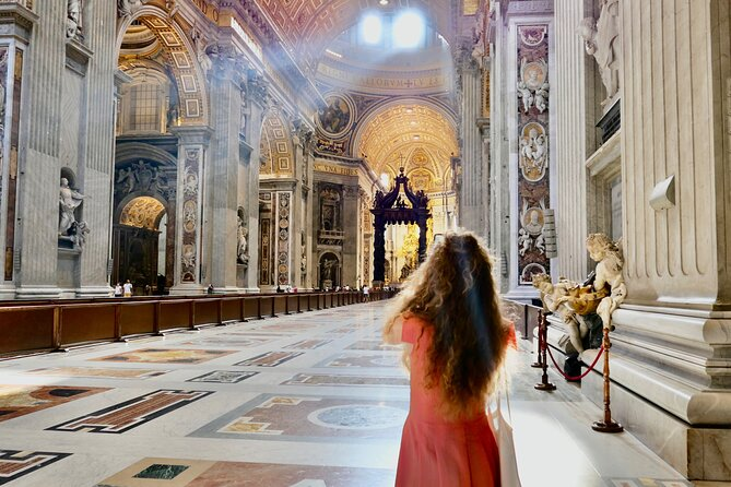 Private Tour of St Peter's Basilica with Dome Climb and Grottoes