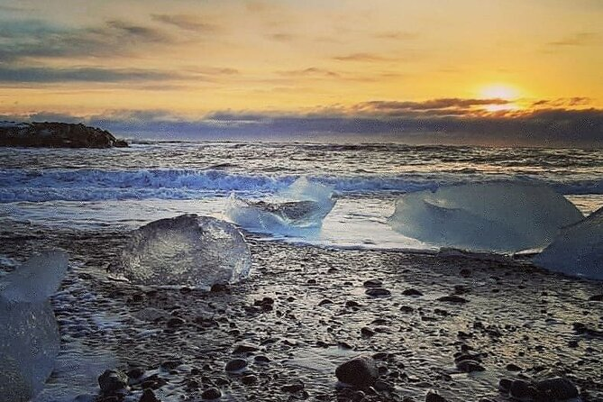 Full-Day Tour to Jökulsárlón Glacier Lagoon