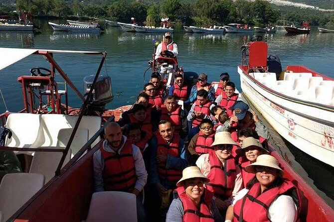 Starting the boat tour through the Sumidero Canyon.