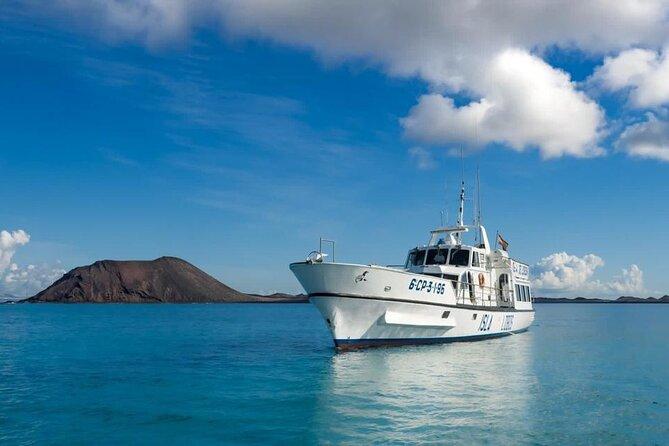 Ferry to Isla de Lobos: round-trip tickets from Corralejo