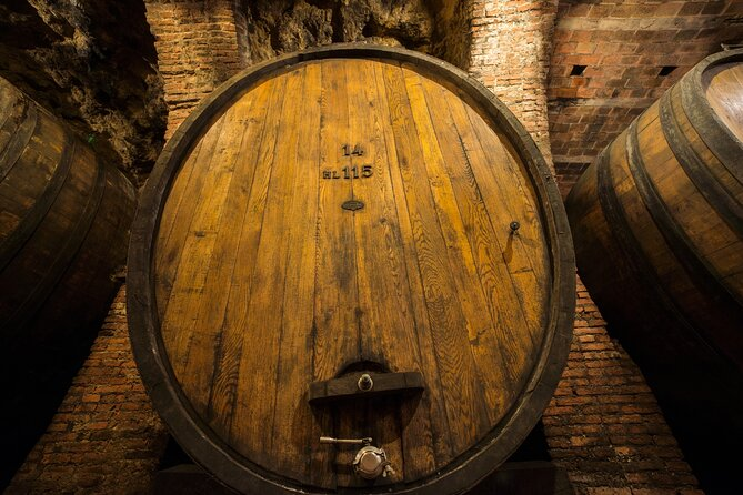 Full-Day Private Be the Winemaker Montepulciano Tour with Lunch