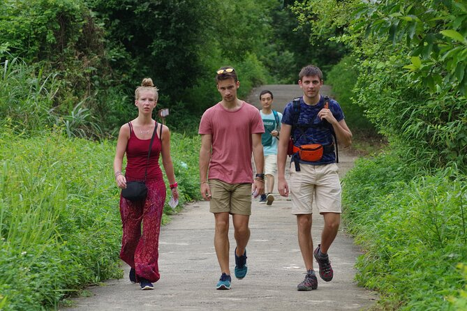 3-Day Private Tour from Ha Noi With Trekking and Kayaking Activities