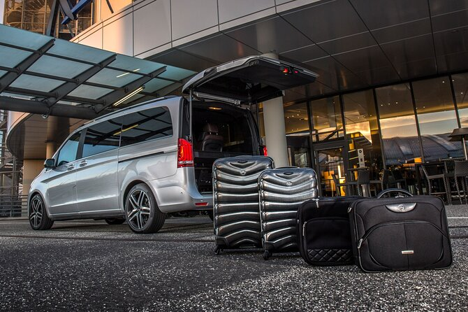 Baku Airport Transfer Service: GYD Airport to Hotel in city or vice verse