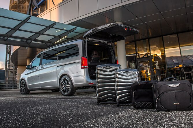 Private Transfer from Trieste Airport to City of Trieste
