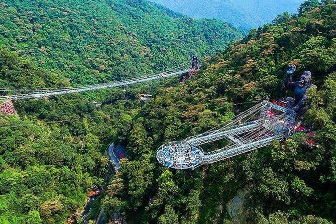 Guangzhou private tour to Gulong Canyon Skywalk Glass Bridge and Jinlong Cave