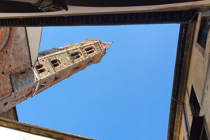 Visit a private Florentine Medieval Tower and meet the Owner