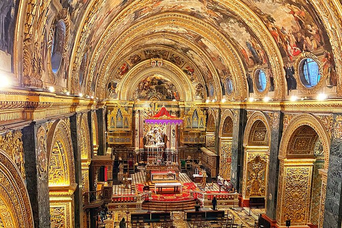 Discover The Co-Cathedral of San Juan in 40 minutes