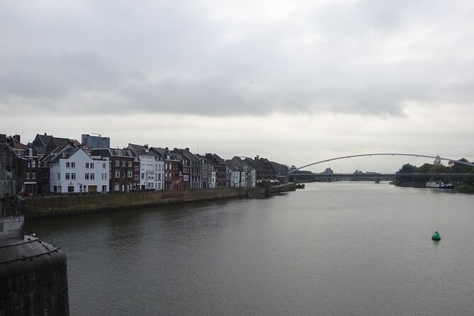Maastricht Self-Guided Tour with Scavenger Hunt