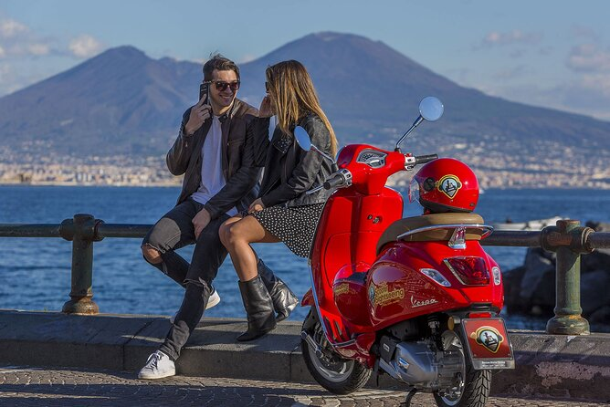 Audioguided Tour of Naples on a Vespa with driver