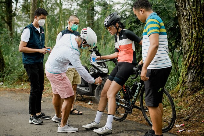 Balitri road bike experience (guide, photos, repair, wash, mechanic, evac car)