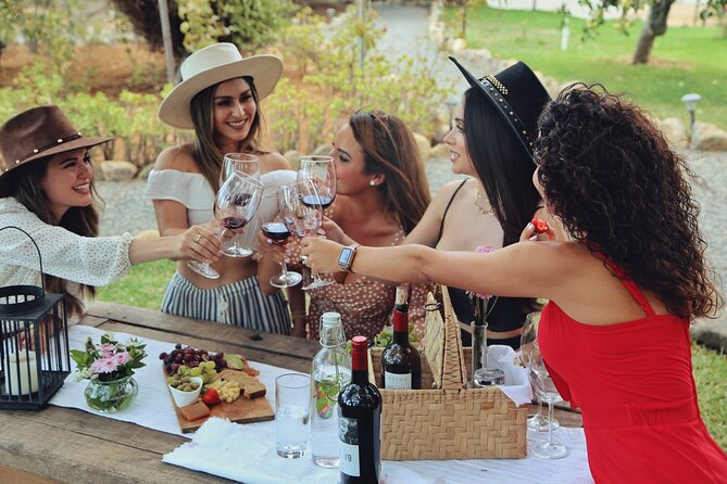 Picnic and Wine Tasting in Private Gardens and Vineyard