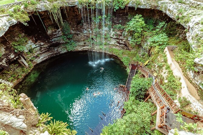 Chichen Itza, Cenote & Valladolid All-Inclusive Tour
