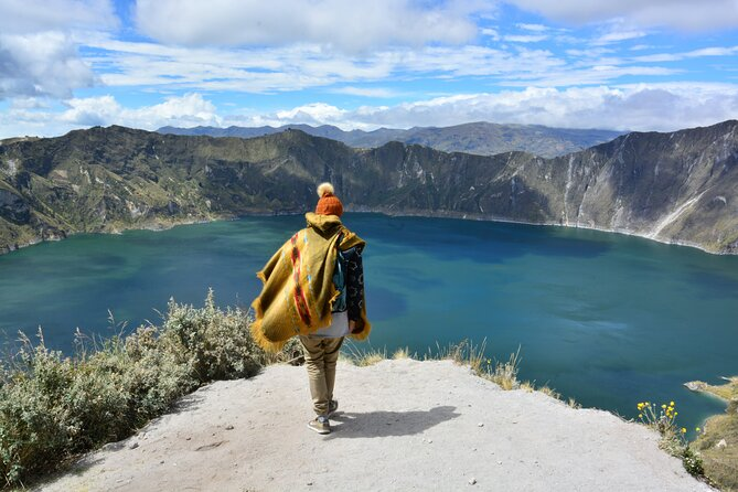 Full-Day Tour to Quilotoa Lagoon From Baños with Lunch