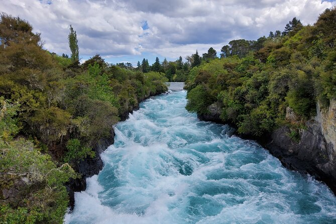 Taupō Rover Experience - Overnight [2 Day Tour]